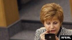 За депутатскими хлопотами Валентина Иванова успевает подумать о профессиональном будущем солдат-срочников