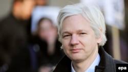 Основатель сайта WikiLeaks Джулиан Ассандж.