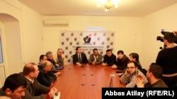 Azerbaijani journalists condemn the attack on journalist Seymur Haziyev, 26Mar2011