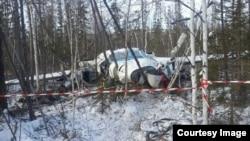 Упавший самолет (фото пресс-службы правительства Хабаровского края)