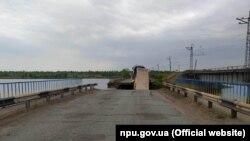 Міст обвалився вранці 20 травня