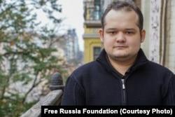 Сергей Гаврилов бежал из России, сняв электронный браслет, и получил в июне 2020 статус беженца в Украине