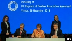 June 27: The European Union signs Association Agreements with Georgia, Moldova, and completes the signature process with Ukraine.