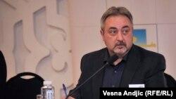 """Demokratik ösüş we adam hukuklary boýunça merkeziň"" başlygy Ýuriý Jibladze."