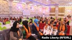 آرشیف، شماری از زنان افغان در جریان یک کنفرانس در ولایت بلخ