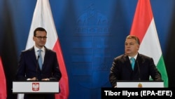 Both Polish Prime Minister Mateusz Morawiecki (left) and his Hungarian counterpart Viktor Orban (right) have expressed misgivings about the upcoming summit. (file photo)