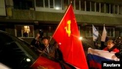 Rusiyapərəst qüvvələr Krıma gələn BMT nümayəndəsini girob götürürlər