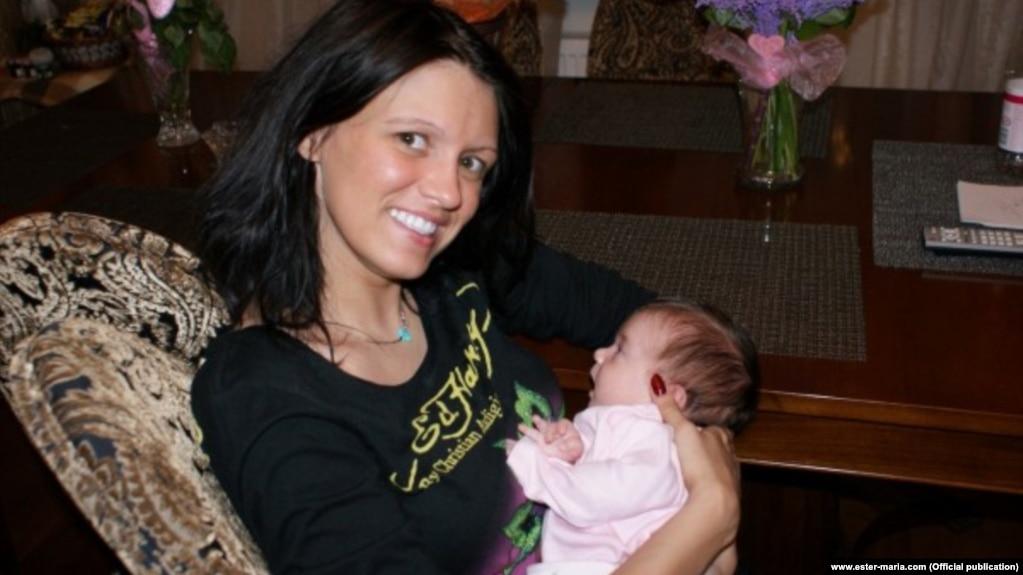 Нелюбимая дочь друга Путина Ольга Литвиненко c дочерью