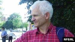 Алесь Бяляцкі, архіўнае фота