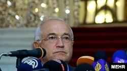 претседателот на турското Собрание Џемил Чичек