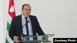 Председатель Нацбанка Абхазии Беслан Барателия