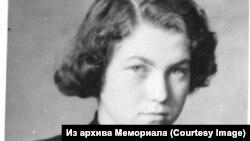 Наталья Горбаневская. 1953 год