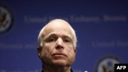 U.S. Senator John McCain (file photo)