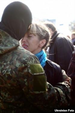Під час відправки бійців «Азову» на фронт 18 жовтня 2014 року