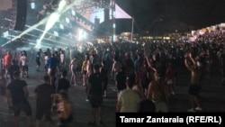 Клубные наркотики являются своего рода спутником фестивалей электронной музыки по всему миру