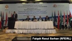 """جانب من مؤتمر """"تعزيز التعاون الاقليمي في مجال تسهيل النقل والتجارة"""" في عمّان"""
