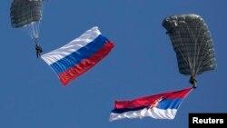 Zastave Srbije i Rusije, ilustrativna fotografija