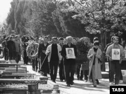 16 апреля 1989 года. Похороны погибших при разгоне митинга в Тбилиси 9 апреля