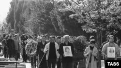 Похороны погибших при разгоне митинга в Тбилиси 9 апреля 1989 года