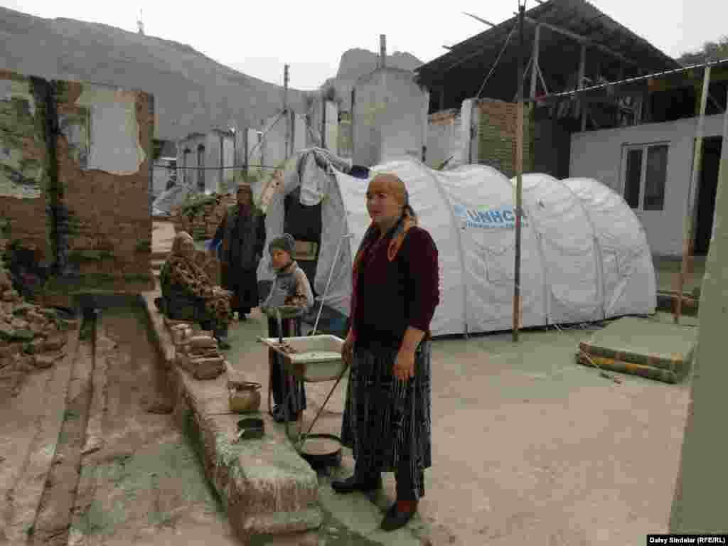 В Узбекистане забраковали фильм об «ошских событиях», снятый режиссером и писателем Абдулазизом Махмудовым.