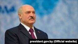 Аляксандар Лукашэнка падчас цырымоніі ўручэньня прэміі «Задухоўнае адраджэньне»