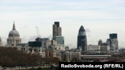 U.K. -- River Thames, London, 30Aug 2011