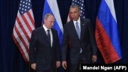 Presidenti rus Vladimir Putin dhe presidenti amerikan Barack Obama
