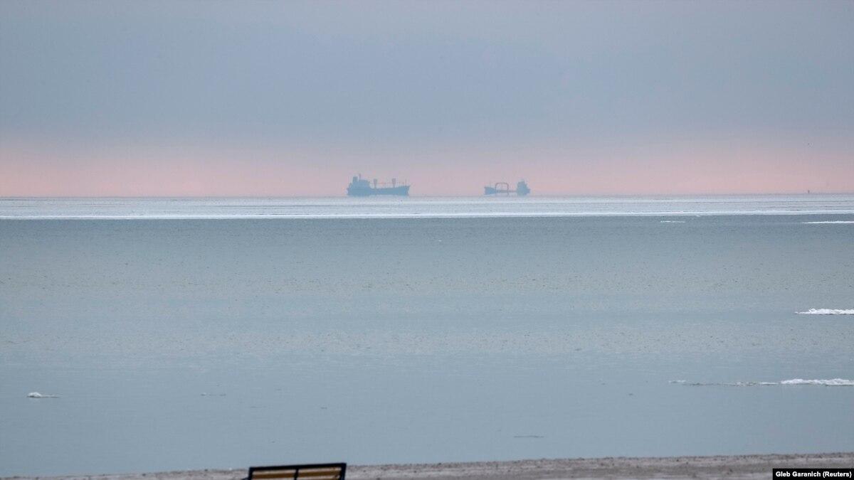Инвестпроекты с участием ЭС: сделать из Крыма остров или из Мариуполя «Порто-франко»?
