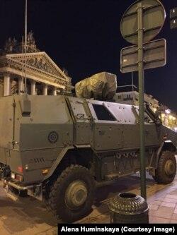 """""""Военная техника дефилировала по главным улицам"""""""