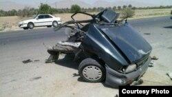 باقیمانده یک خودروی پراید پس از تصادف