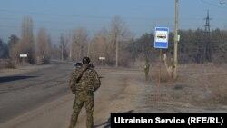 Донбасс. Патруль на дороге. фото: Дарья Куренная