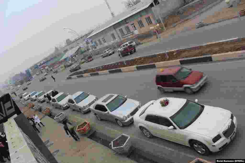Прокат дорогих автомобилей от 5 до 15 тысяч сомов в сутки