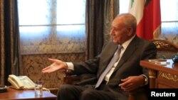 نبیه بری برای شش دوره پیاپی رییس پارلمان لبنان است