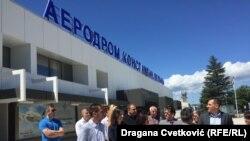 Predstavnici opozicije na niškom aerodromu