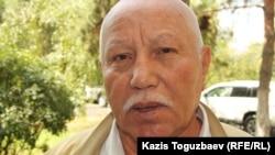 Отставкадағы полковник Меңмұханбет Шұшбаев. Алматы, 29 шілде 2014 жыл.