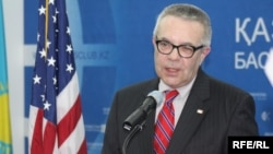 U.S. charge d'affaires in Pakistan Richard Hoagland (file photo)