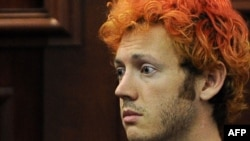 Джеймс Холмс, подозреваемый в убийстве 12 человек во время кинопоказа в американском штате Колорадо.