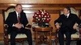 Владимир Путин и Абдельазиз Бутефлика на переговорах в Москве после подписания оружейного контракта, март 2006 года