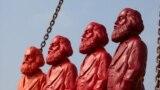 Скульптуры Маркса в его родном городе Трире