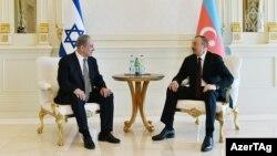 İlham Əliyev İsrailin baş naziri Benjamin Netanyahu-nu qəbul edir.