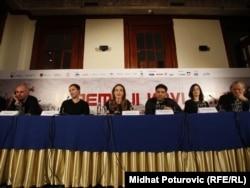 Konferencija za novinare povodom premijere filma Angeline Jolie, 14. februar 2012.
