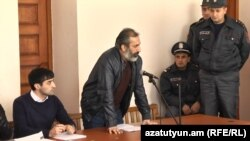 Арарат Хандоян в зале суда (архив)