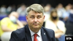 Евгени Иванов