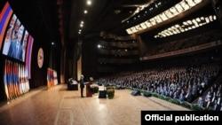Armenia - President Serzh Sarkisian addresses a pre-election congress of his Republican Party, 10Mar2012.