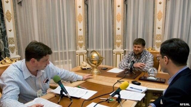 Данила Гальперович (слева), Рамзан Кадыров и Грегори Файфер