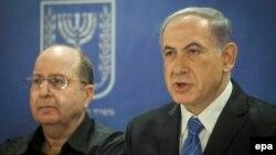 بنیامین نتانیاهو (راست) در کنار موشه یعلون