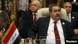 Iraqi Foreign Minister Hoshyar Zebari confirmed that the Arab League had dropped earlier calls for Assad to step aside to allow his deputy to organize talks with opposition factions.