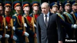 تحریمهای جدید اتحادیه اروپا چهار سرمایهدار نزدیک به ولادیمیر پوتین را نیز شامل میشود.