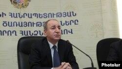 Председатель Комиссии по регулированию общественных услуг Армении Роберт Назарян (архив)
