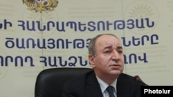 Председатель Комиссии по регулированию общественных услуг Армении Роберт Назарян